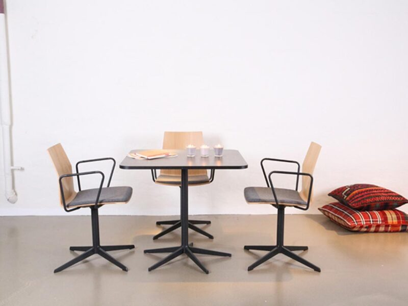 Office Breakout Seating Worcestershire 00002